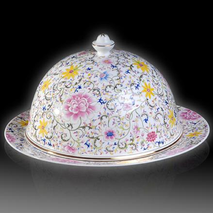 粉彩花卉罩盅套盘