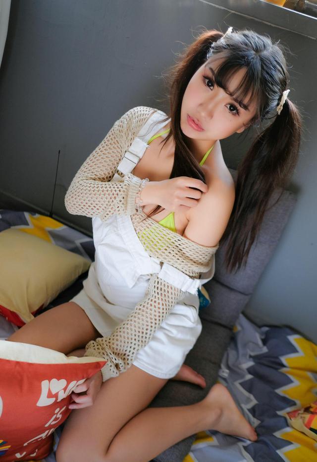 人物摄影:纯净的女生  分享请加微信122847428私聊