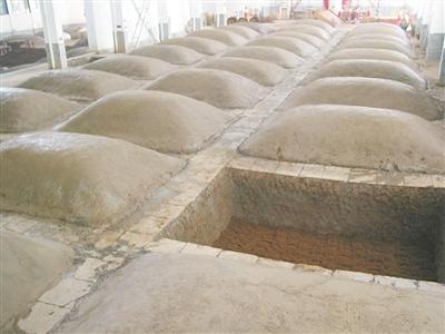 窖泥封坛酒是如何酿造的?