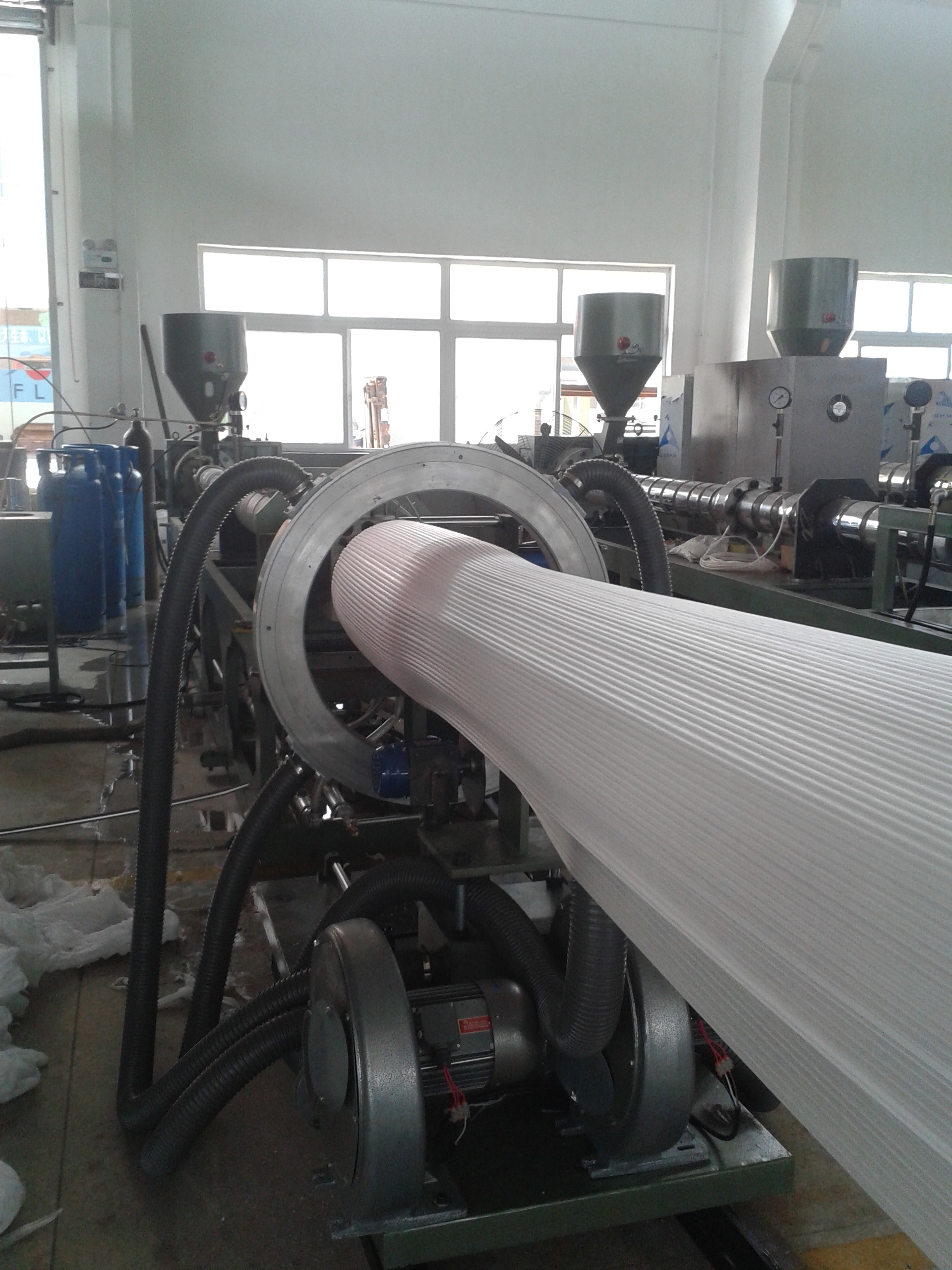 EPE foam sheet extrudering machine.