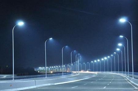 智慧城市路灯先行基于物联网的路灯改造