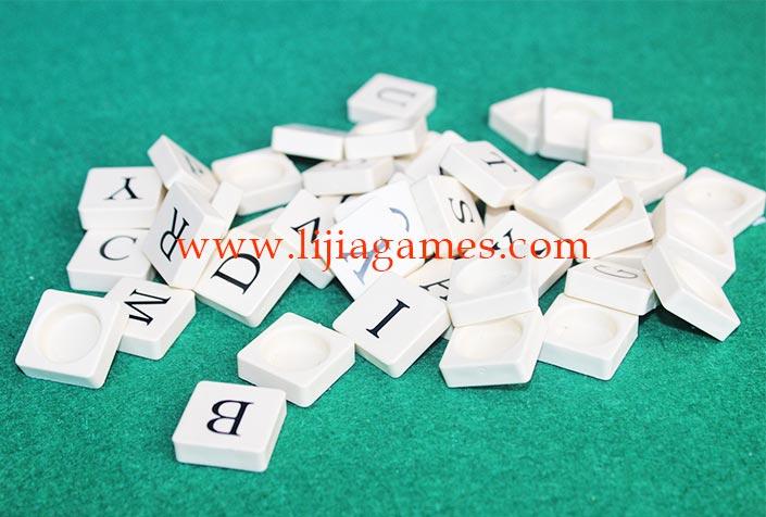 scrabble tile pieces