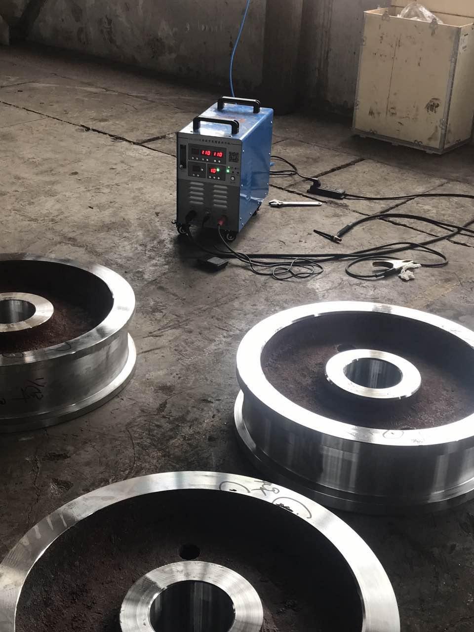 某厂使用我司POC-2510全数字高精密焊补机用于修补机械零部件